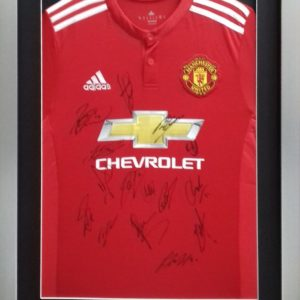 Manchester United FC 2017/18 Full Squad Signed Shirt Presentation Framed